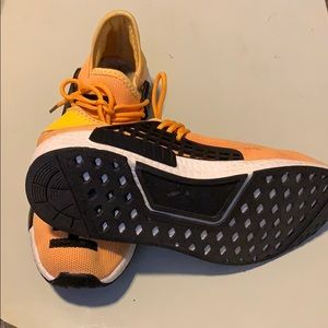 purchase cheap 8146c 68d18 human race sneakers